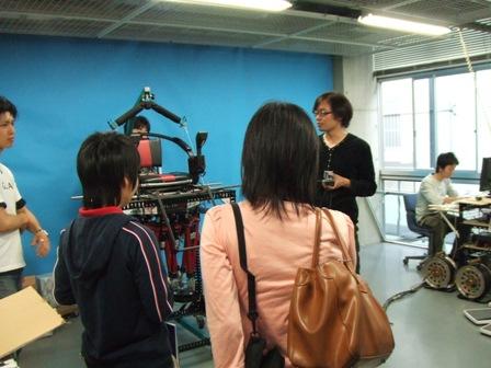 2006-05-26: JSME ROBOMEC2006: Takanishi Lab Tour (2)